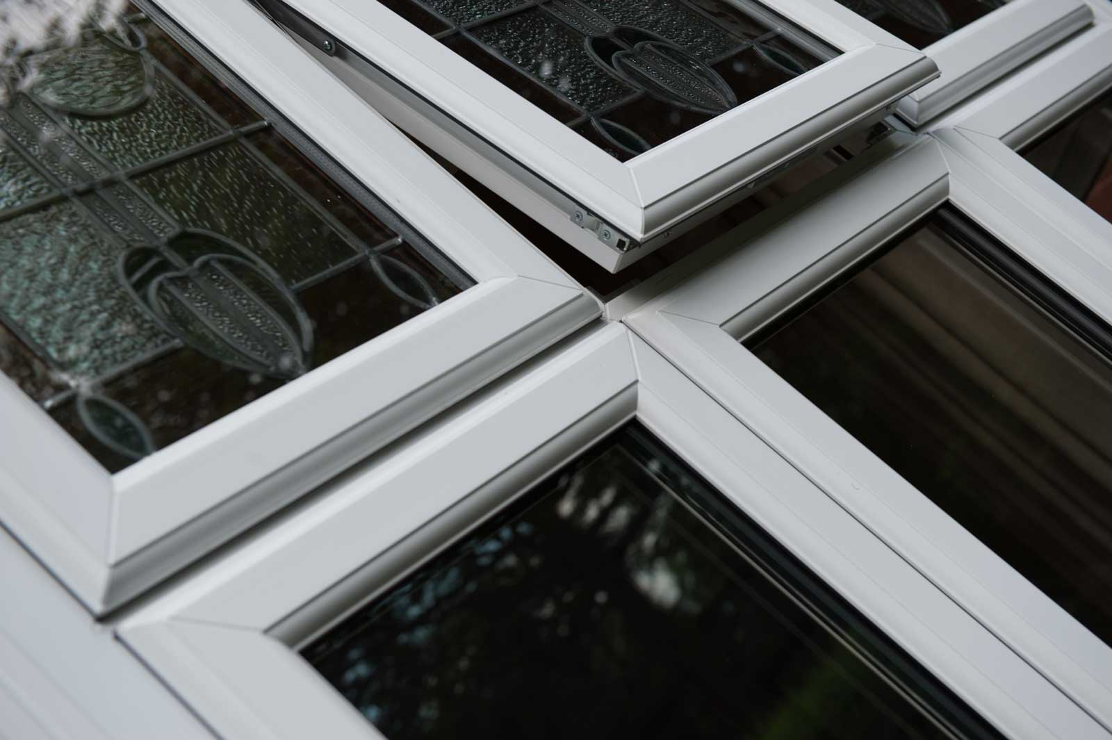 bow and bay windows styles romsey